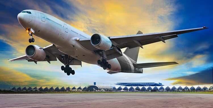 מטוס נוסעים שהרגע המריא
